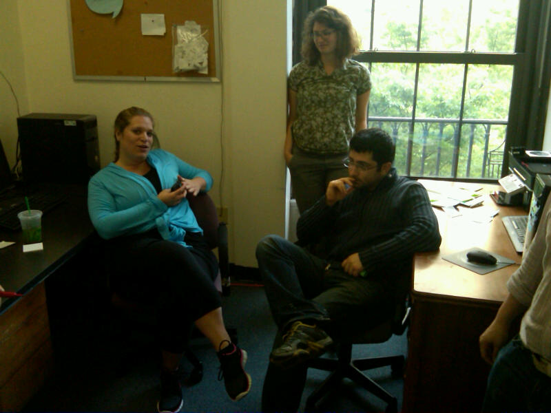 @rachelhmeyer of the @presentense Philly Steering Committee working with fellows