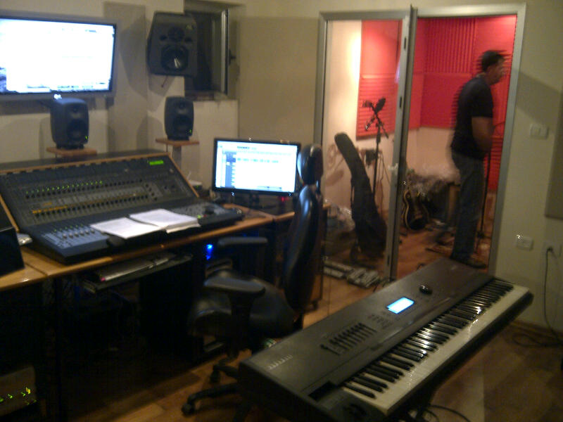 @presentense is doing some recording....just wait, should rock